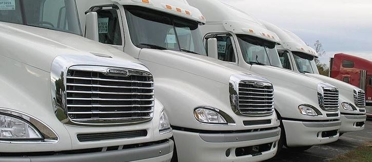Small-Medium-Large fleet big rig vehicle insurance.